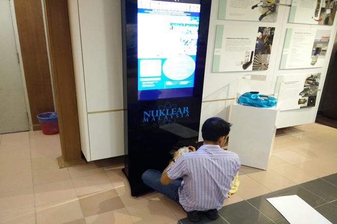 Touch Screen Kiosk At Agensi Nuklear Malaysia