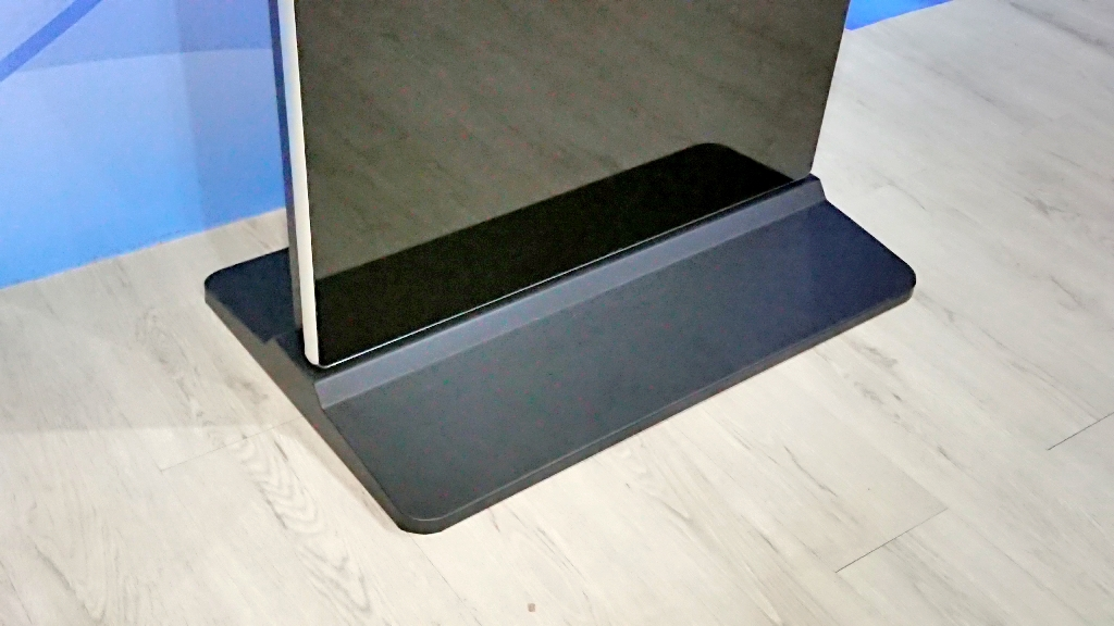 Floor Stand Touchscreen Kiosk For Unikl Pasir Gudang